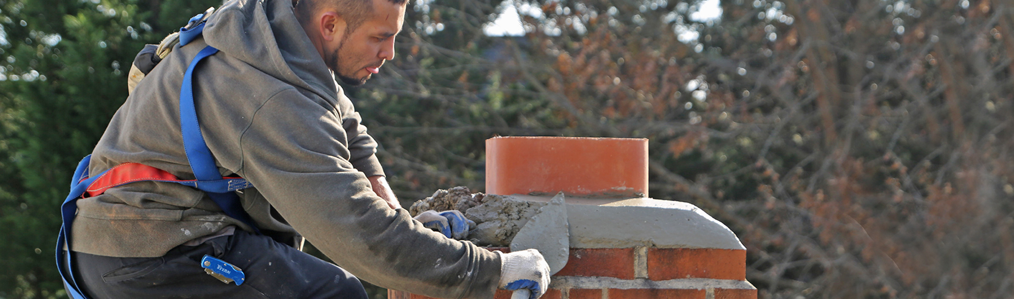 damaged chimney repair. chimney crown repair for leaking chimney